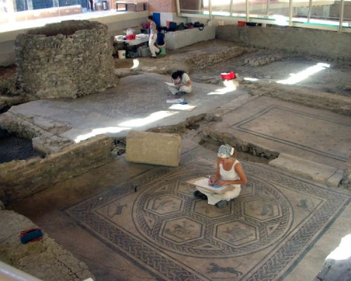 Rimini - Archeologia - Sale Scuola Viaggi