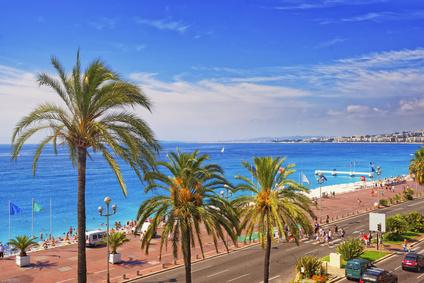 Promenade d Anglais (English promenade) in Nice, France. Horizon