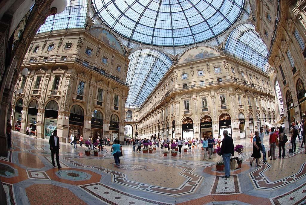 Milano Marketing Internazionale alternanza in gita salescuolaviaggi